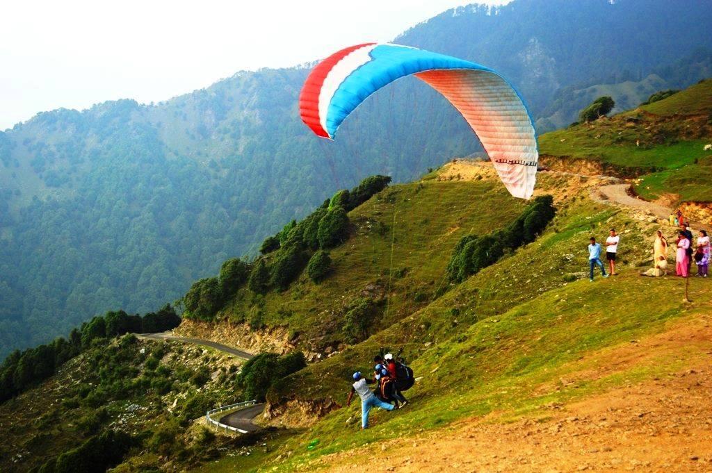 paraglidingBirBilling