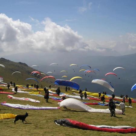 Bir Billling paragliding in Himachal