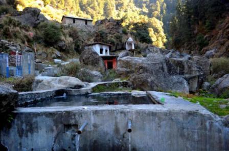 Hot water spring Bir Billing Tatwani