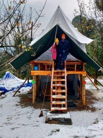 Machaan Tent and Guests