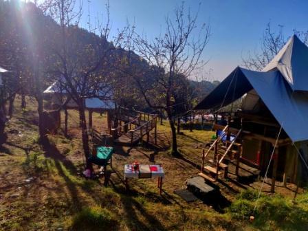Camp Oak view, bir and Camp Oak View