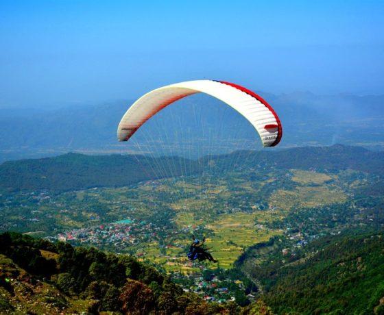 best paragliding in India at Bir Billing in Himachal pradesh