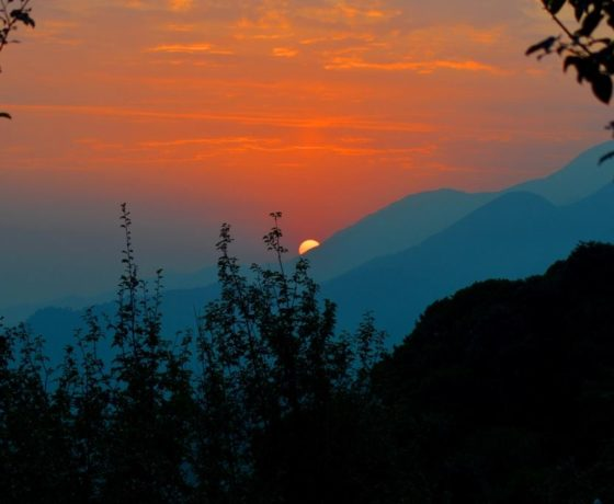 Bir Sunset for holidays from Camp Oak View in Bir Billing packages in Bir and Billing trekking in Camp Oak View