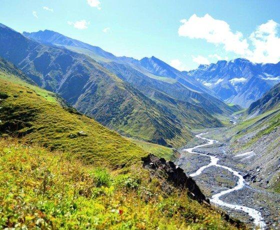 Bada Bhangal viage trek from Manali